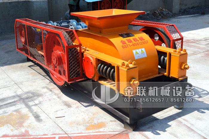2PG610x400中型对辊制砂机